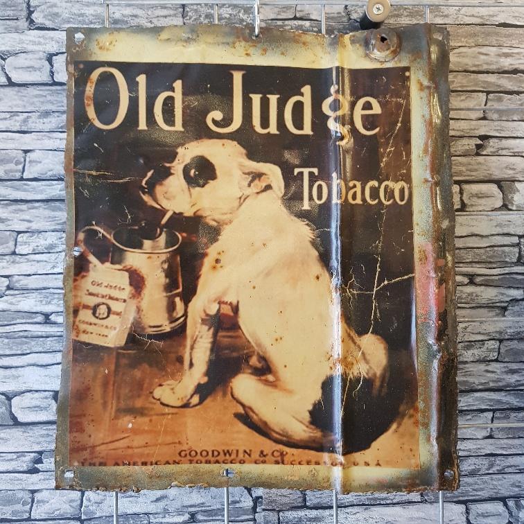 Vintage bord Old judge